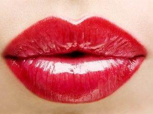 Сколько стоит накачать губы гиалуроновой кислотой и <u>сколько будет стоит накачать верхнюю губу</u> ботоксом в Москве